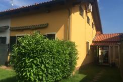 alla Campagnola, Villa bifamiliare con giardino a 138.000 €