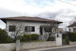a Castelletto, appartamento in Villa vicino alla spiaggia