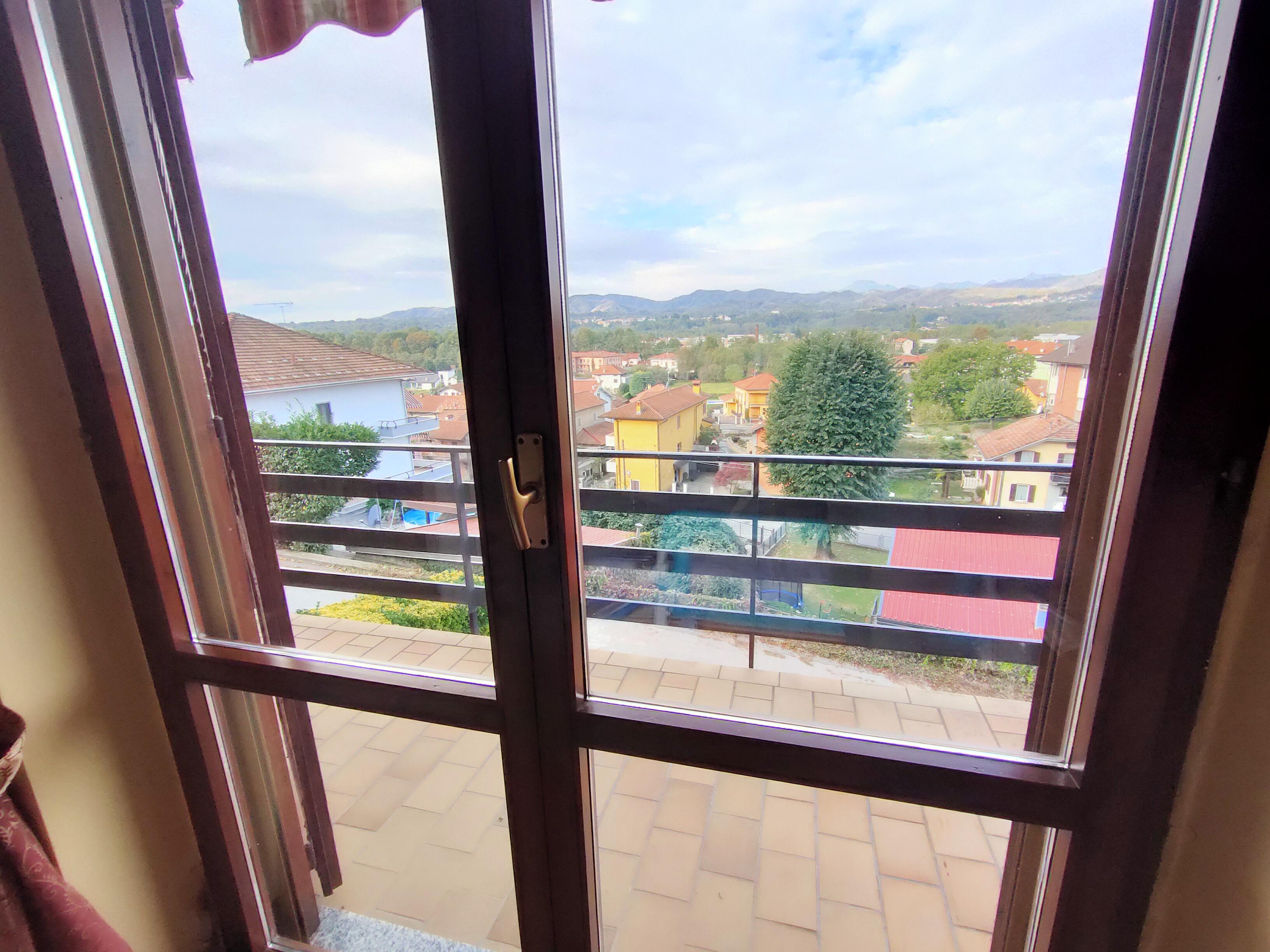 Villa con vista panoramica alle porte del Lago d'Orta