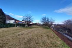 a Dormelletto, terreno edificabile su collinetta panoramica